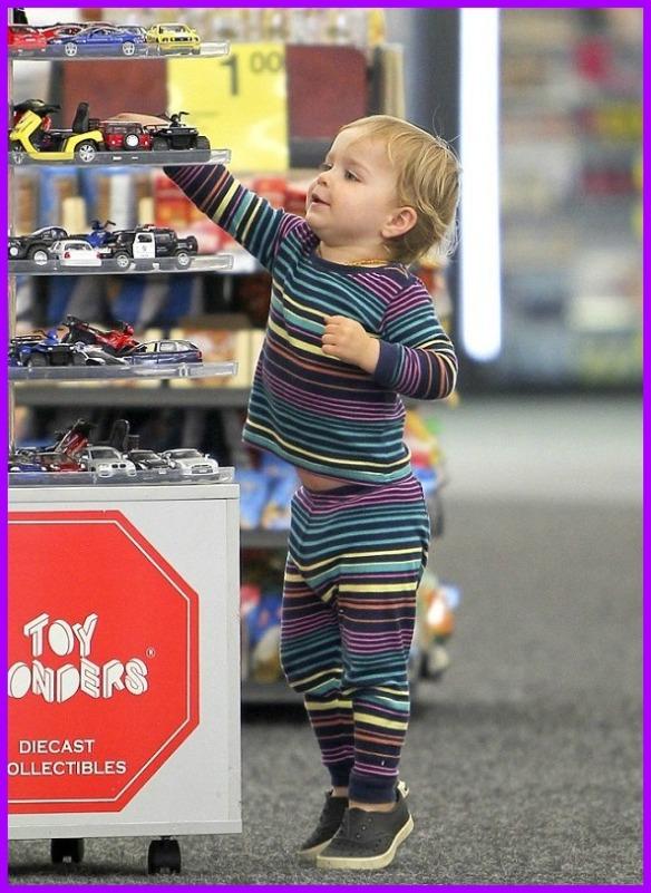 Arthur Saint Bleick Shopping With Mommy 1