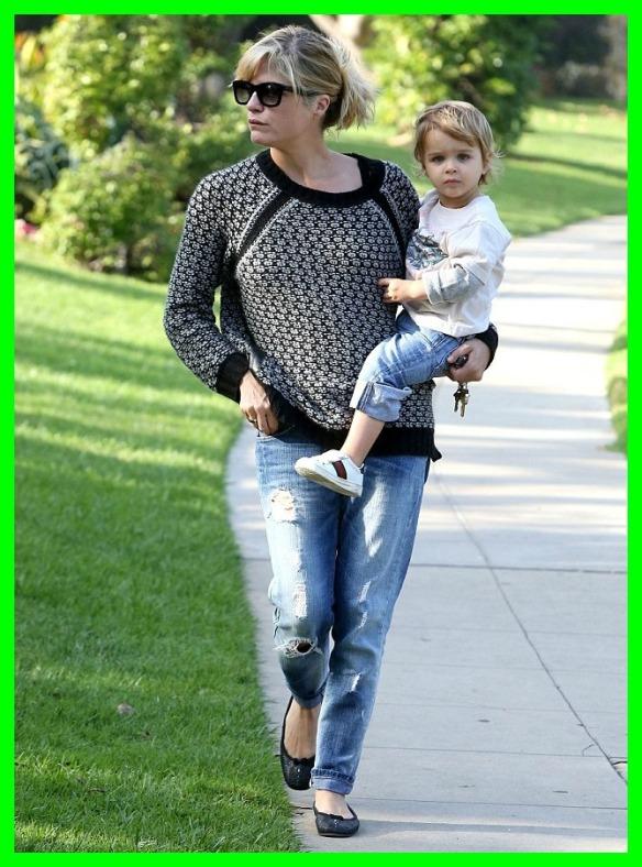 Selma Blair & Arthur Saint Beverly Hills Stroll 5