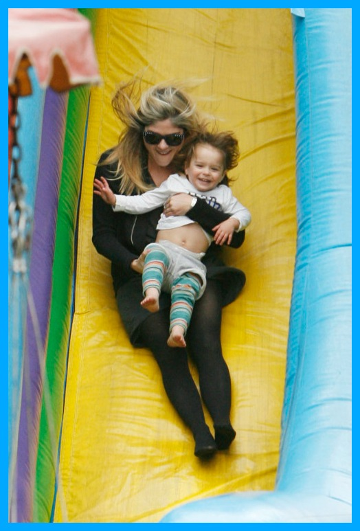 Arthur Saint Bleick Super Slides With Mommy Selma Blair