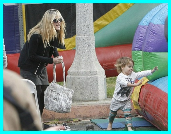 Selma Blair & Arthur Saint Super Slide 1